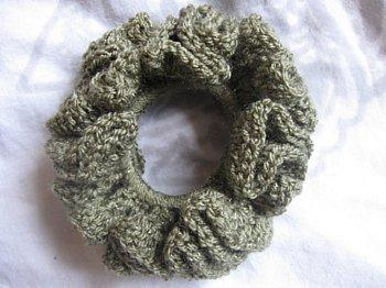 Double crochet scrunchie 2