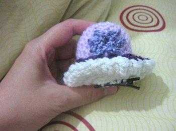 Tiny Hat Barrette - Free Crochet Pattern