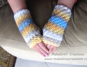 Brick stitch fingerless gloves display pic