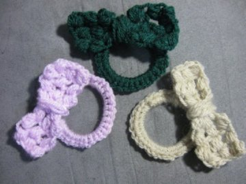 Crochet Hair Rubber Band : Meladoras Creations Bow on a Rubber band - Free Crochet Pattern