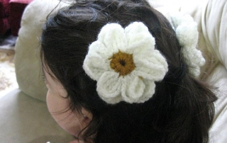 Crocheted Daisy Flower on lilly 7 - small display