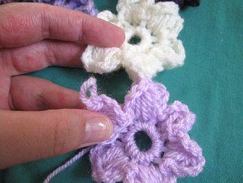 Puff stitch Flower Scarf 10