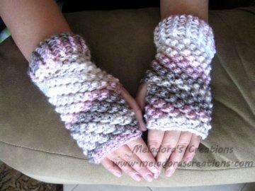 Crochet Finger less Crochet Gloves - Raspberry Stitch Finger Less Gloves - Free Crochet Pattern
