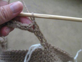 Beginner Hobo Bag - Free Crochet Pattern