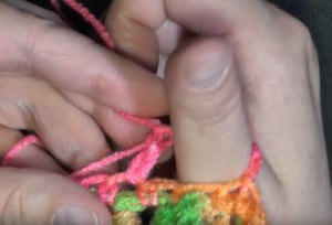 Crocodile Stitch Finger less Gloves - Free Crochet Pattern