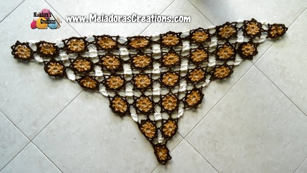 Lacy Flower Shawl - Free Crochet Pattern and Tutorial