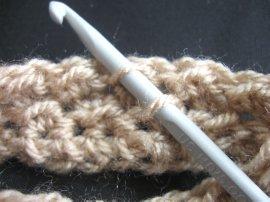 Moss Stitch FIngerless Gloves 1
