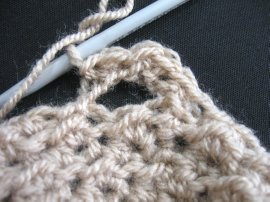 Moss Stitch FIngerless Gloves 5