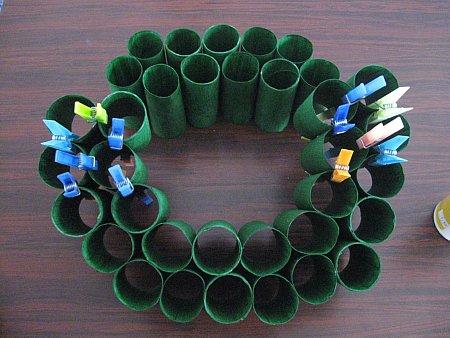 Toliet Paper Roll Wreath - 1