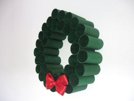 Toliet Paper Roll Wreath - 12