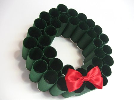 Toliet Paper Roll Wreath - 13