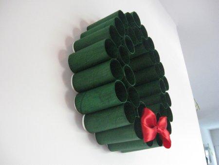 Toliet Paper Roll Wreath - 14