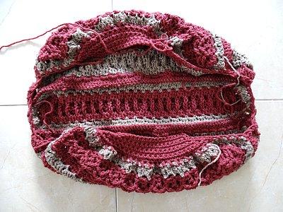 Celtic Weave Strips Hobo Bag 14