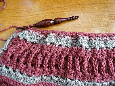 Celtic Weave Strips Hobo Bag 6