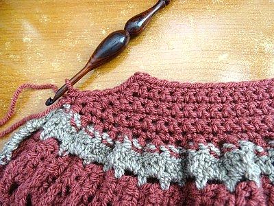 Celtic Weave Strips Hobo Bag 9