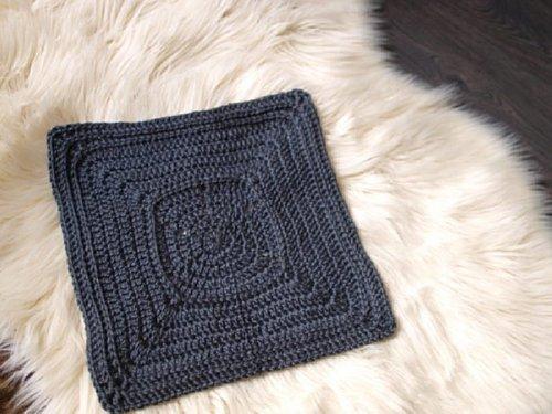 10 Free Granny Square Crochet Patterns - Link Blast Round up